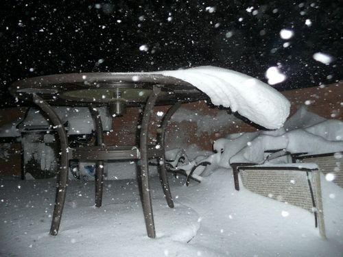 Snowdrift Off Patio Table